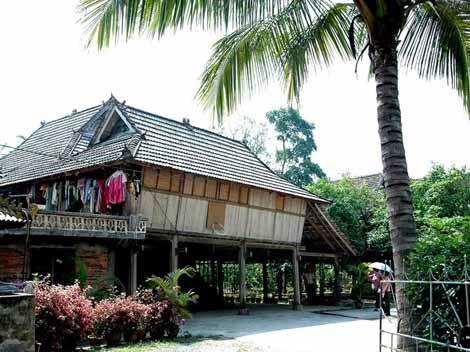 Bamboo House, Yunnan